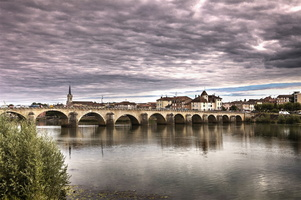 Bourgogne - Macon - Pont Saint Laurent