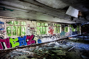Normandie - Urbex - Filature - Tag en retour de nature